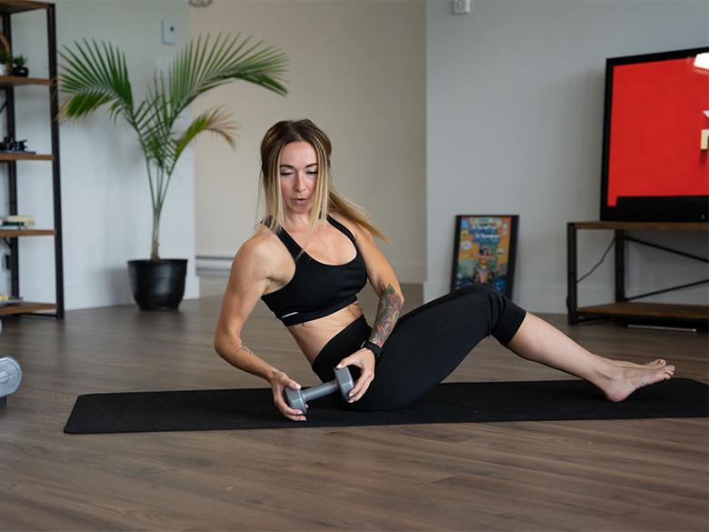 Programmes d'entraînement MAISON, yoga et cours en ligne avec le Fit Kartel
