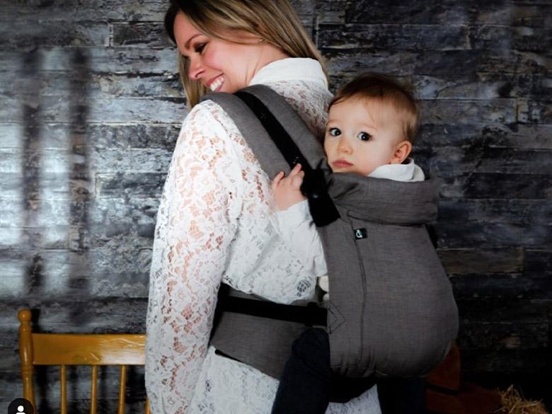 Chimparoo, l'écharpe porte-bonheur parfait pour les mamans
